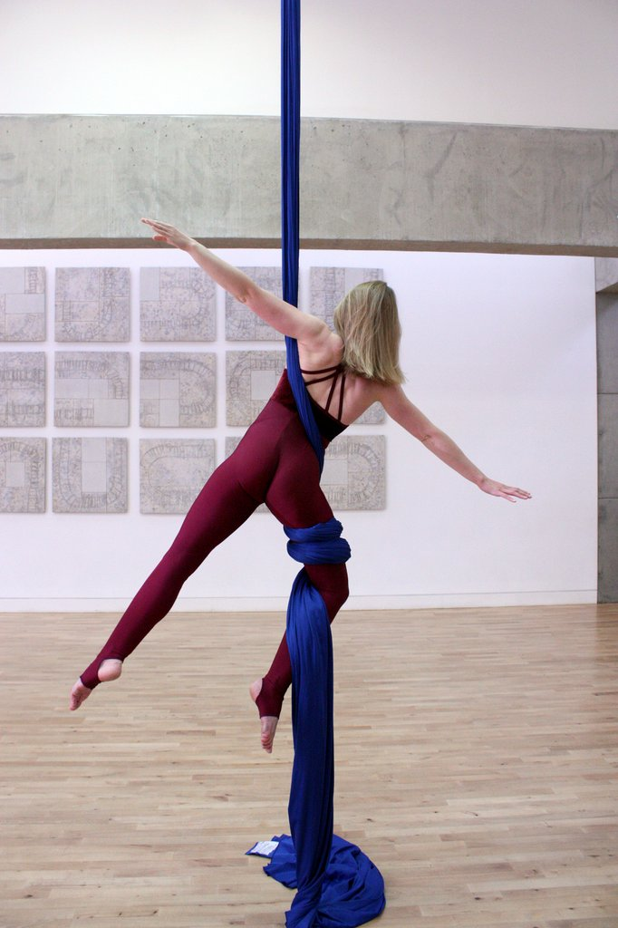 Aerial silks classes in Edinburgh